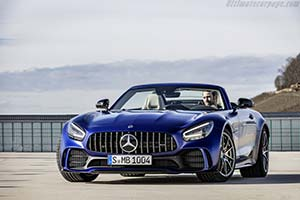 Click here to open the Mercedes-AMG GT R Roadster gallery