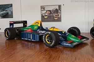 Click here to open the Lola LC89 Lamborghini gallery