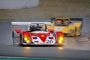 Click here to open the Lola B98/10 gallery