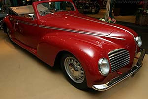 Click here to open the Alfa Romeo 6C 2500 S Touring Cabriolet gallery