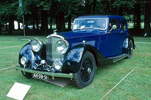 Click here to open the Bentley 4¼ Litre Park Ward Sedan gallery