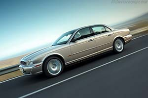 Click here to open the Jaguar XJ6 gallery