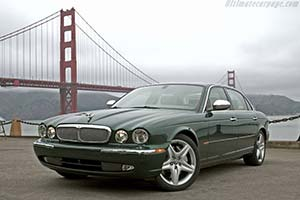 Click here to open the Jaguar XJ Super V8 gallery