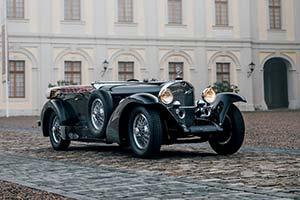 Click here to open the Mercedes-Benz 710 SS Fernandez & Darrin Sport Tourer  gallery