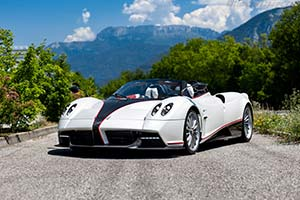 Click here to open the Pagani Huayra Roadster  gallery