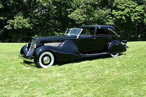 Click here to open the Duesenberg SJ Bohman & Schwartz Town Car gallery