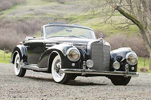 Click here to open the Mercedes-Benz 300 Sc Roadster  gallery