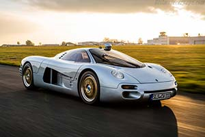 Click here to open the Isdera Commendatore 112i gallery