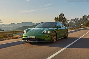 Click here to open the Porsche Taycan Turbo S Cross Turismo gallery