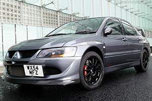 Click here to open the Mitsubishi Lancer EVO VIII MR FQ-400 gallery