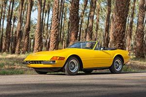 Click here to open the Ferrari 365 GTS/4 Daytona  gallery