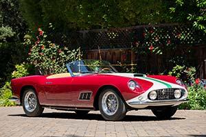Click here to open the Ferrari 250 GT LWB California Spyder Competizione  gallery
