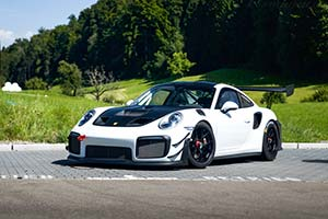 Click here to open the Porsche 911 GT2 RS Clubsport  gallery