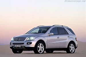 Click here to open the Mercedes-Benz ML 350 gallery