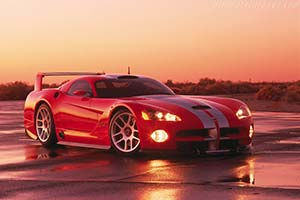 Click here to open the Dodge Viper GTS/R Concept gallery
