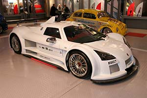 Click here to open the Gumpert Apollo gallery
