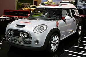 Click here to open the MINI Concept Geneva gallery