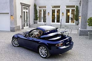 Click here to open the Mazda MX-5 Roadster Coupe gallery