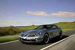 Click here to open the Mercedes-Benz SLR McLaren '722' gallery