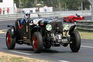 Click here to open the Stutz Black Hawk Supercharged Weymann Roadster gallery