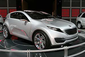 Click here to open the Kia Kue Concept gallery