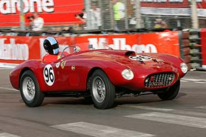Click here to open the Ferrari 275 S Fontana Spyder gallery