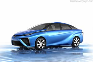 Click here to open the Toyota FCV Concept gallery