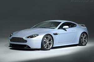 Click here to open the Aston Martin V12 Vantage RS gallery