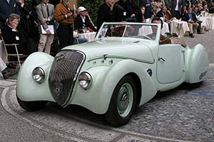 Click here to open the Peugeot 402 Darl'mat Cabriolet gallery