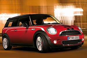 Click here to open the MINI Cooper S Clubman JCW gallery