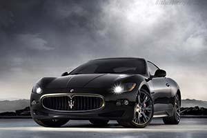 Click here to open the Maserati GranTurismo S gallery