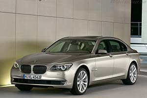 Click here to open the BMW 750Li gallery