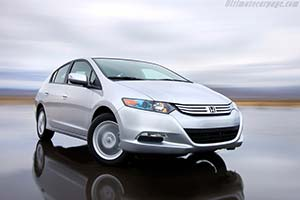 Click here to open the Honda Insight gallery