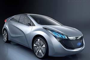Click here to open the Hyundai Blue-Will Concept gallery