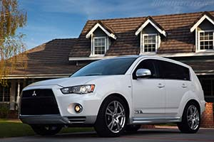 Click here to open the Mitsubishi Outlander GT Prototype gallery