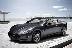 Click here to open the Maserati GranCabrio gallery