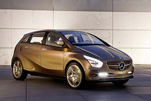Click here to open the Mercedes-Benz Concept BlueZERO E-Cell Plus gallery