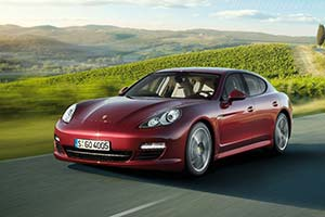 Click here to open the Porsche Panamera gallery