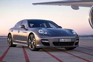 Click here to open the Porsche Panamera Turbo S gallery