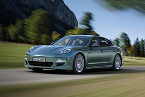 Click here to open the Porsche Panamera Diesel gallery