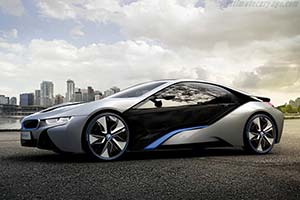 Click here to open the BMW i8 Concept gallery