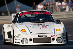 Click here to open the Porsche 935/80 gallery