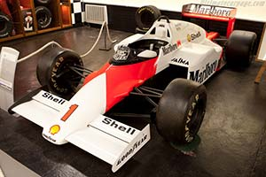 Click here to open the McLaren MP4/2B TAG-Porsche gallery