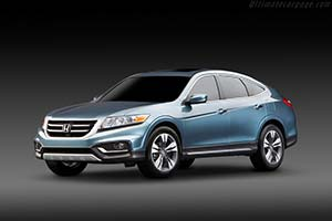 Click here to open the Honda Crosstour Concept gallery