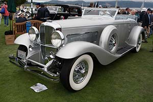 Click here to open the Duesenberg SJN Rollston Convertible Coupe gallery