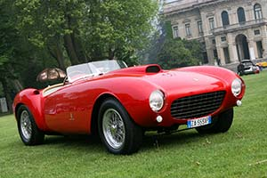 Click here to open the Ferrari 375 MM Pinin Farina Spyder gallery