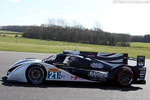 Click here to open the Strakka Dome S103 Nissan gallery