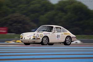 Click here to open the Porsche 911 T/R gallery