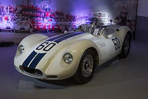 Click here to open the Lister Knobbly Jaguar gallery