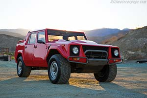 Click here to open the Lamborghini LM002 gallery